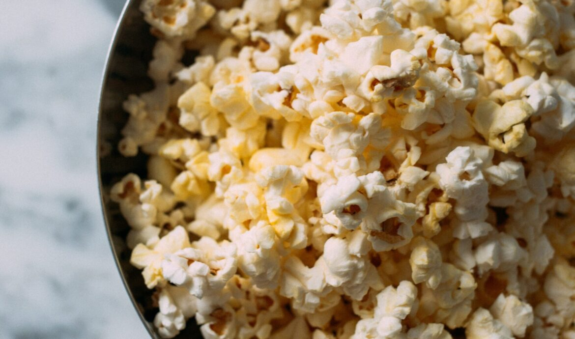 11 Quarantine Snacks That Are Healthy & Nutritious